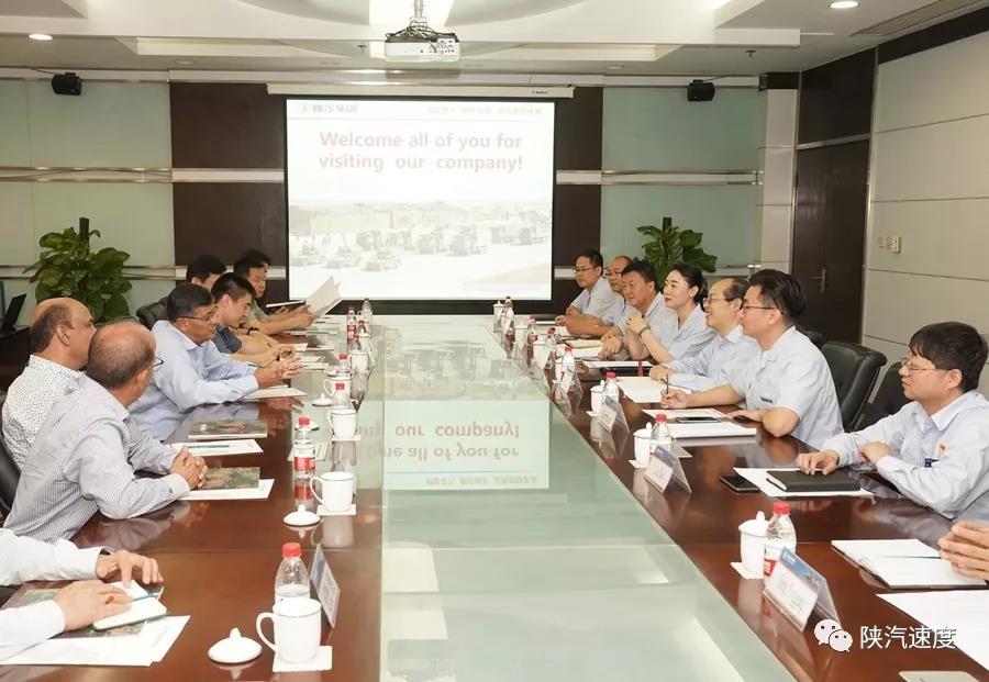 尼泊尔代表团到陕汽参观交流